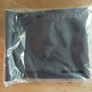 Black Mary Kay Travel Roll Up Bag NIP